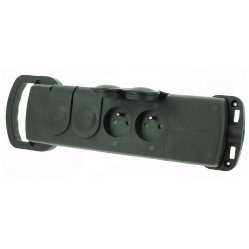 Gumová čtyřzásuvka Legrand 50553 Pohyblivá gumová zásuvka čtyřnásobná  Technické parametry:  Napětí: 230 V Proud: 16 A Krytí: IP 44 Řazení: 4x(2P+PE) Materiál: guma