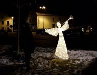 3D Anděl studená bílá 300cm